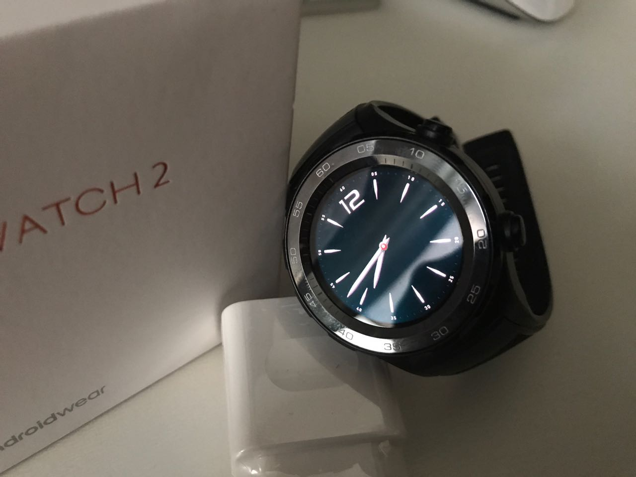 HUAWEI Watch 2 Unboxing